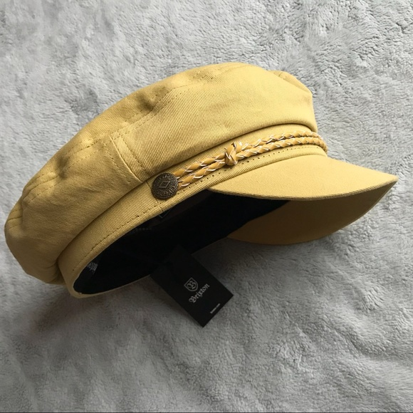NWT Brixton Fiddler Newsboy Cap Washed Yellow 32995a698856
